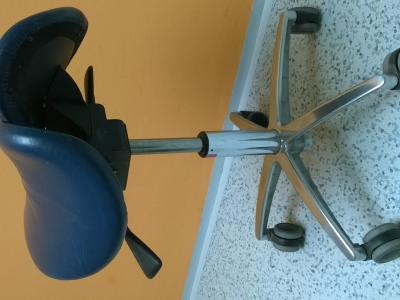 Otočná židle SEDLO